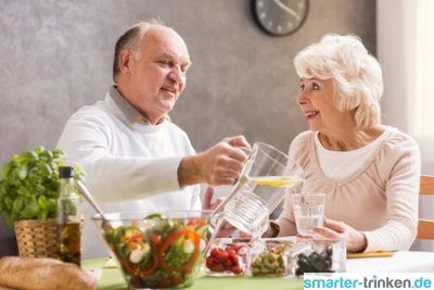 Reduziertes Durstgefühl im Seniorenalter